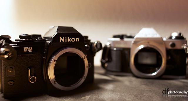 Canon AE-1 Vs Nikon FG