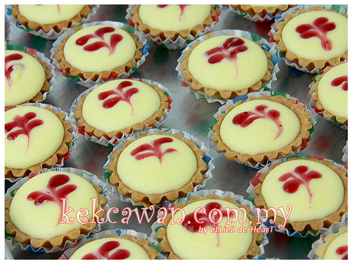 Mini Cheese tart & Mini Fruit tart