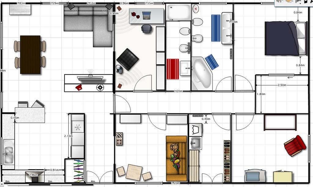 bagni affiancati e lavanderiaripostigliovarie ed eventuali nella stanza in basso che tra laltro ha una porta finestra sul cortile molto comoda quindi