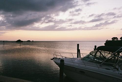 sunset film water clouds analog 35mm canon boat gulf florida ae1 superia 400 fujifilm analogue tarponsprings