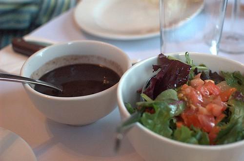 Black beans & salad