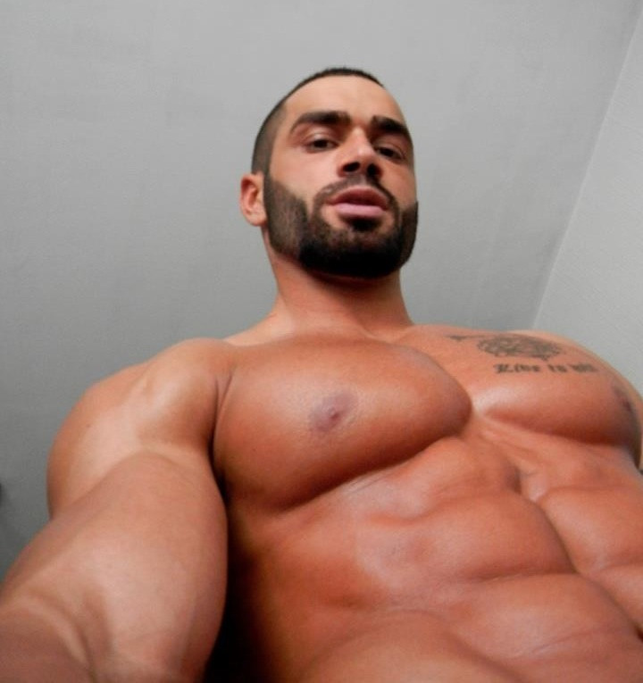 Lazar-Angelov - a photo on Flickriver