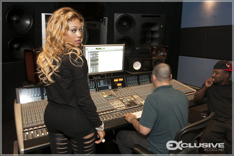 Trina-listening-party3