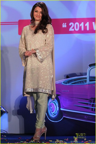 Aishwarya Rai - 2011 Pic 2