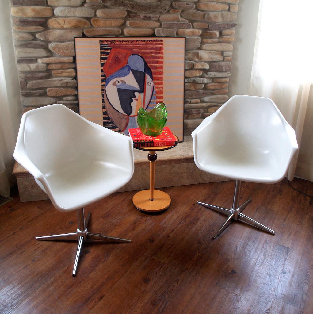 Pair vintage mid century modern shell armchairs set of 2 white fiberglass arm chairs swivel chrome