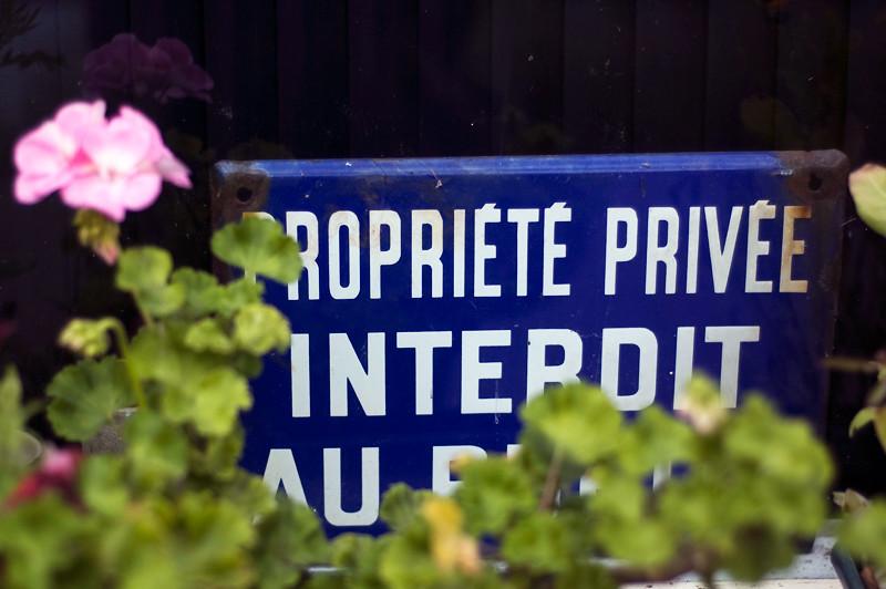 Propriedade Privada // Private