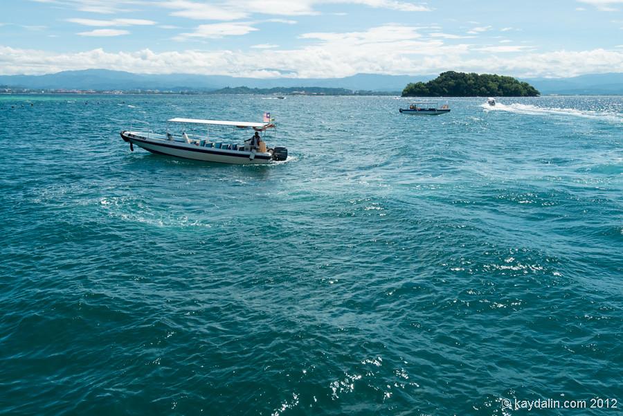 tar islands boat