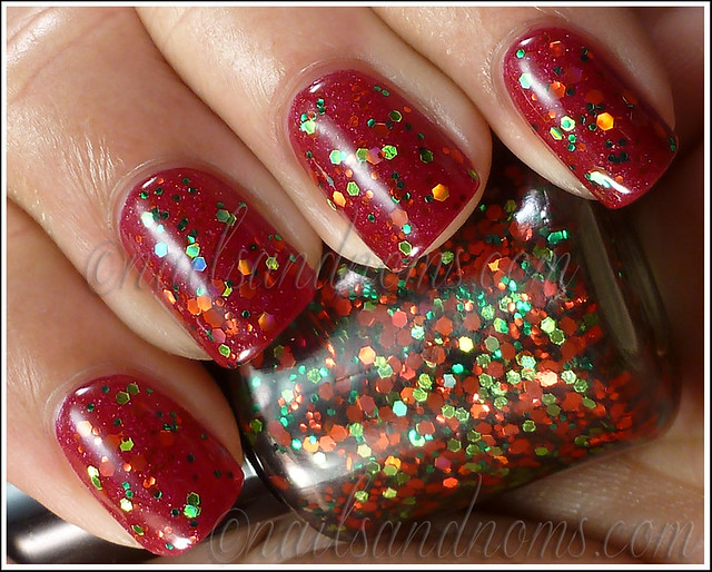 Pretty & Polished - Happy Holodays Duo (Red and Green Holo Glitter) 1