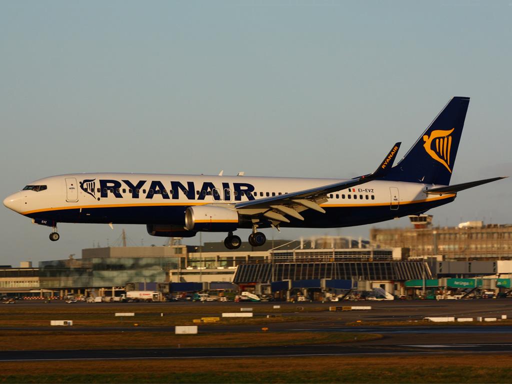 EI-EVZ - B738 - Ryanair