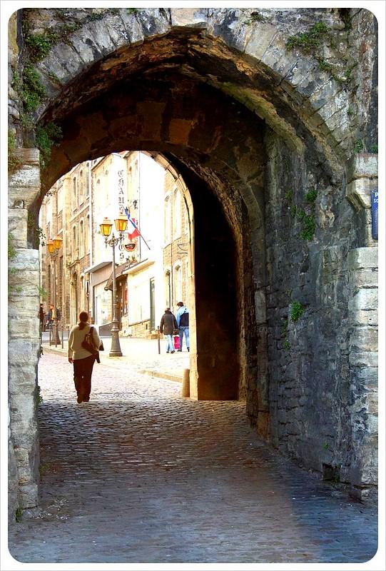 boulogne-sur-mer medieval gate