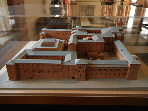 DSCN4768 _ Model of Palazzo D'Accursio (Palazzo Comunale), Bologna, 18 October