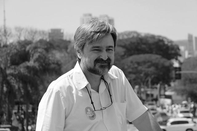 """Gebrim: """"a serenidade, firmeza e coerência da presidenta Dilma serão marcas que seguirão denunciando essa nova trama que busca encerrar um período de conquistas democráticas"""" - Créditos: Reprodução"""