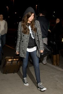 Ashley Tisdale Converse Celebrity Style Women's Fashion