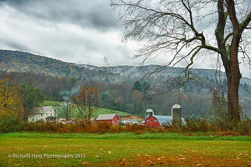 rain vermont farm vt autumncolor nikond800 nikonnikkor24120mmf4lens