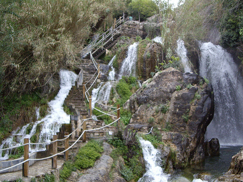 Fuentes del algar flickr photo sharing for Cascada fuente
