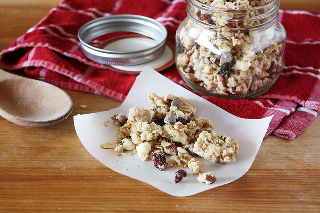 sugar & spice cookie granola.