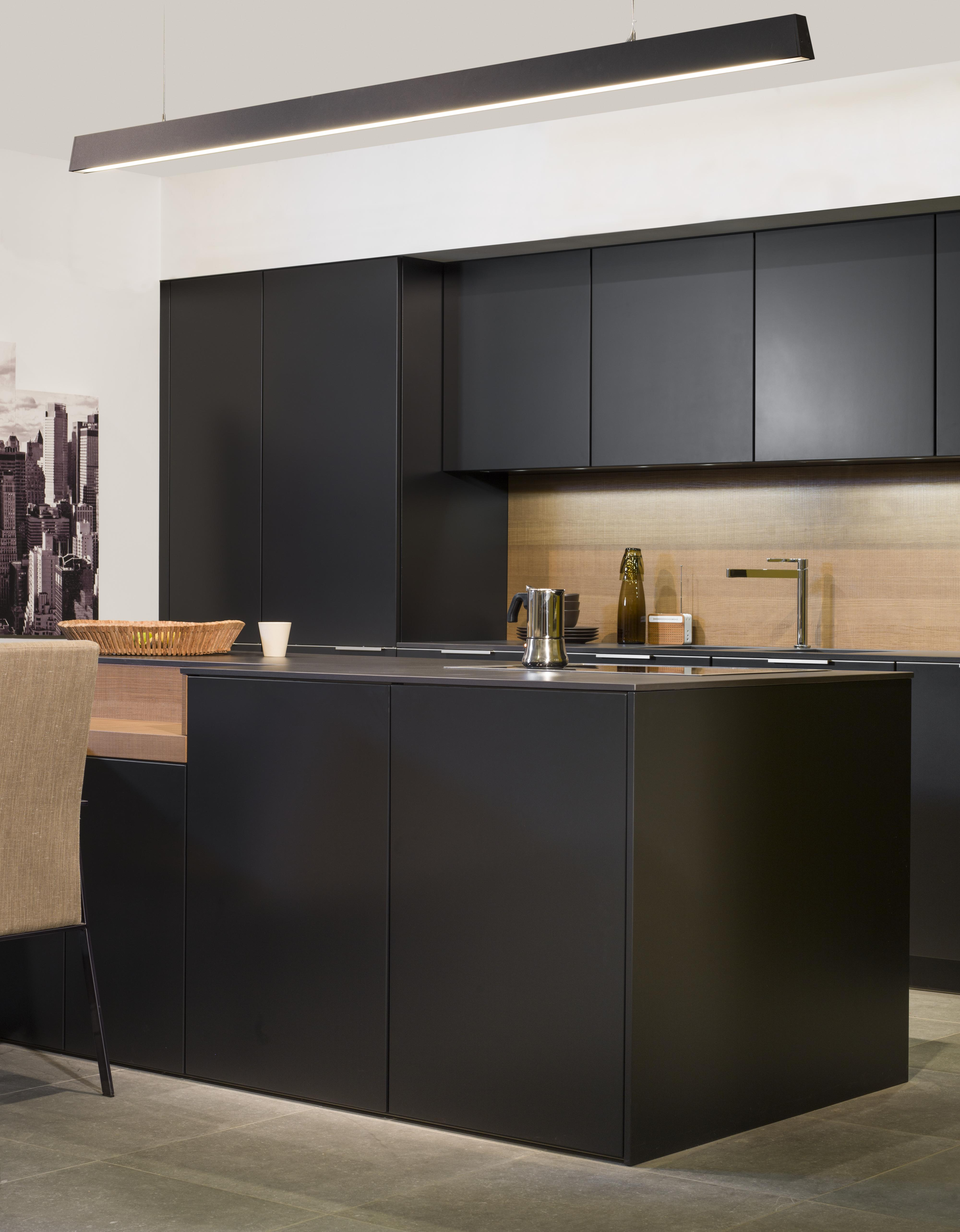 cuisines leicht van marcke. Black Bedroom Furniture Sets. Home Design Ideas