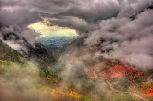 [フリー画像素材] 自然風景, 山, 雲, 暗雲, 紅葉・黄葉, HDR ID:201211280600