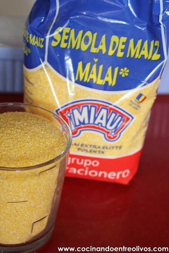 Polenta con tomate seco y orégano con anchoas (10)