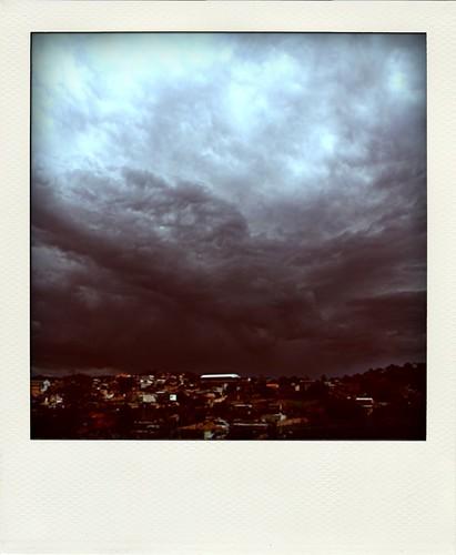 a chuva de ontem não chegou até hoje
