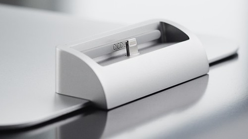 OCDeskのiPhone Dock for iMac & Apple Displays-The OCDock ™が超素敵