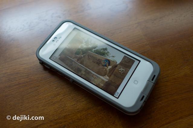 iPhone 5 in Lifeproof
