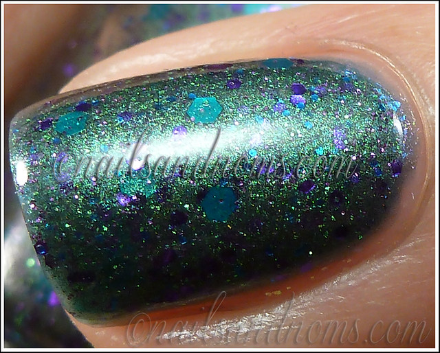 Pretty & Polished - Pretty As A Peacock 4