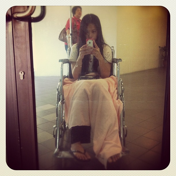 My 12.12.12 at 12pm admission to the hospital. At least I will never forget this day. #injury #travel #hospital