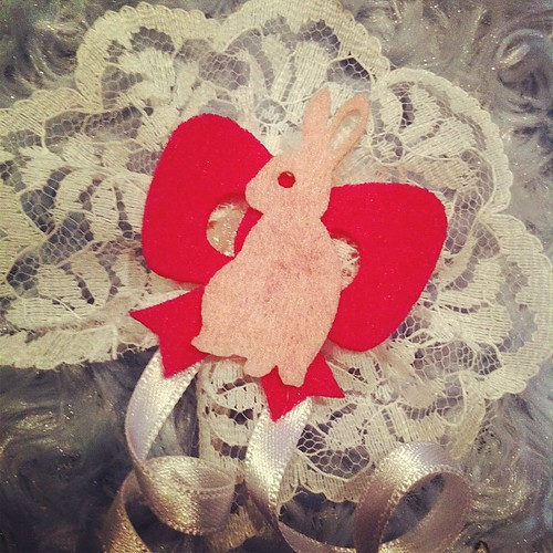 Handmade Bunny brooch #brooch #bunny #rabbit #pink #fucsia #lace #ribbon #embroidery #cool #cute #kawaii #white #naif #sweet #fashion #fashionable #lovely #love #handmade #artwork #couture #bunnies #flowers #flower #vintage by magnhildr