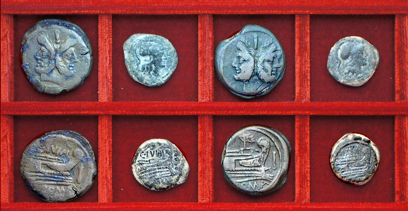 RRC 210 C.IVNI Junia bronzes, RRC 213 mast and sail bronzes, Ahala collection, coins of the Roman Republic (80)