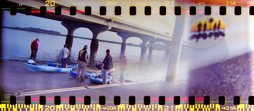bridge film sunrise 35mm holga lomo lomography kayak fujifilm holga120s lowcountryunfiltered bolanhall