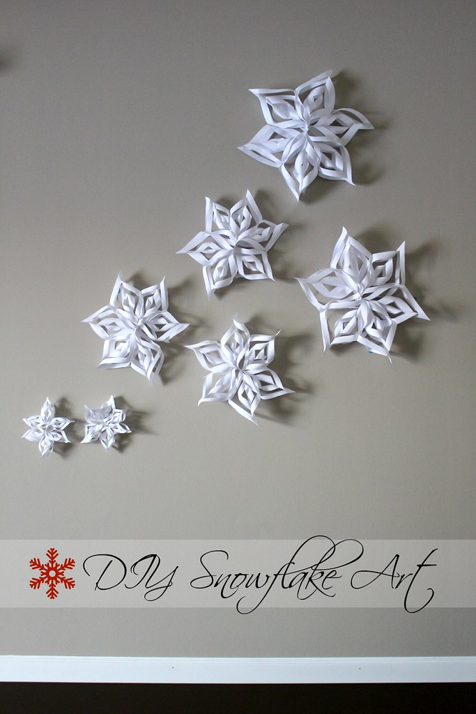 Heidi and seek diy crafty christmas 3d snowflake art for Diy paper snowflakes 3d