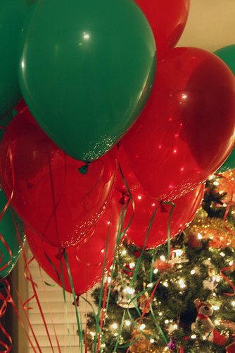 Close-Up-of-Balloons