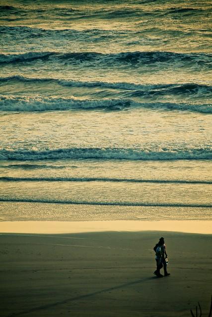 8973: Beach Walk