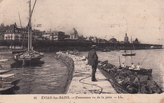 10. Évian-les-Bains. - Panorama vu de la jetée (undated)
