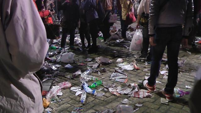 2013台北市跨年晚會垃圾-201301010135-洪惠璟攝-4