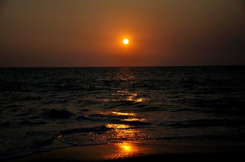 sunset beach kerala alleppey alapuzzha mygearandme alapuzzhabeach sunsetatalapuzzhabeach sunsetatalleppeybeach