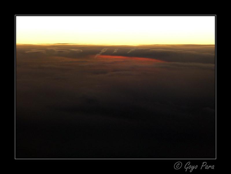 Luces en las nubes