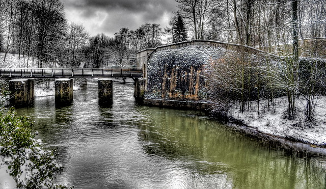 Flickriver: Most interesting photos from Fortified Bridges/Pont Fortificat pool