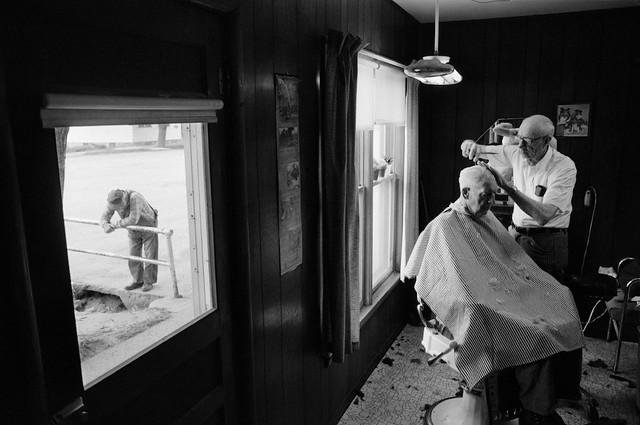 Charlie Andrews' Barbershop, Cuba, Kansas