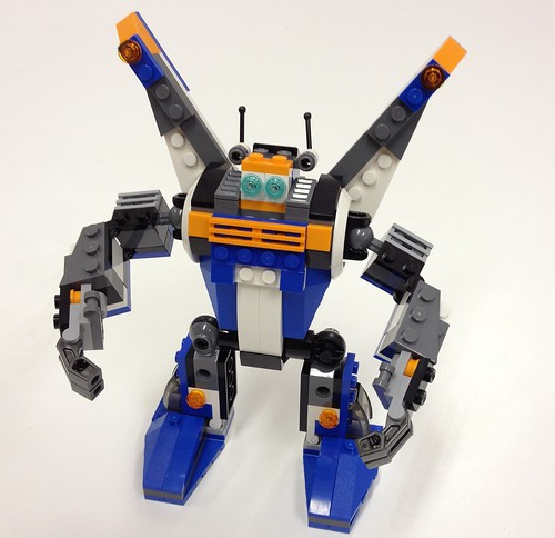 Review: 31008 Thunder Wings
