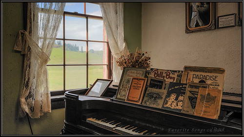 old music museum high view dynamic time antique piano range hdr molson