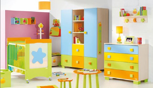 Decorar la habitacion de un bebe for Muebles infantiles baratos
