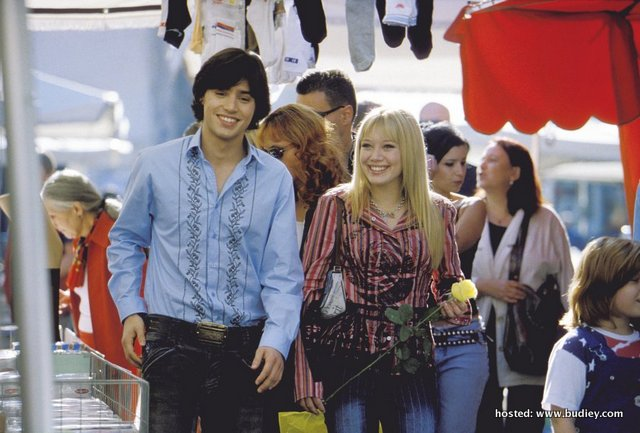 2003_the_lizzie_mcguire_movie_002