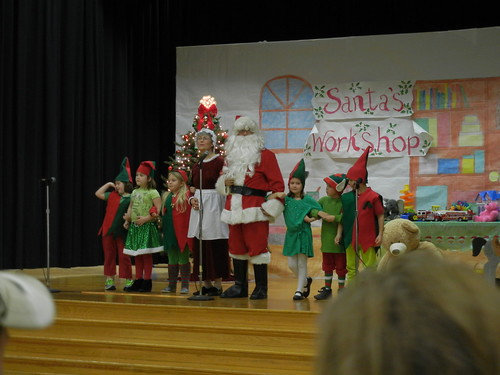Dec 17 2012 Cal's 2nd Grade Concert (5)