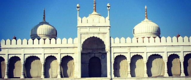 taj ul masjid moti masjid