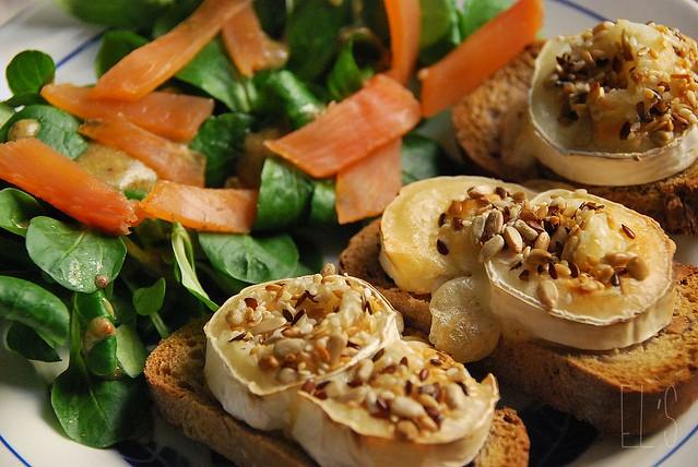 Crostini ch vre et miel blogs de cuisine for Cuisine les entrees