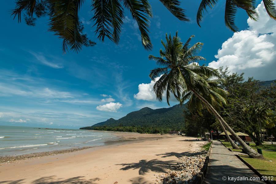 пляж в кучинг, малайзия