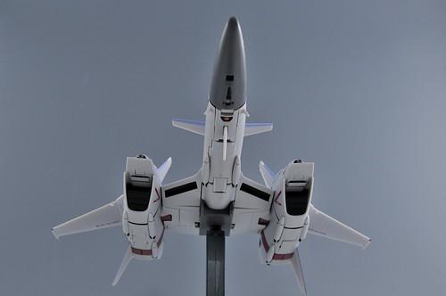 やまと 完全変形 1/60 VF-4G Lightning III ファイター