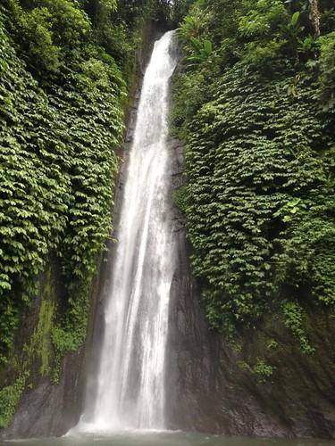 Mundak Waterfalls